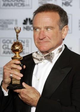 Robin Williams a reçu leCecil B. DeMille Award, quirécompense les artistes de cinéma pour l'ensemble de leur carrière, lors de lacérémonie desGolden Globes en 2005. (Reuters)