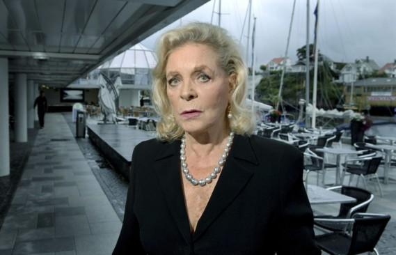 Lauren Bacall, qu'on voit ici en 2007 en Norvège, a envoûté le cinéma hollywoodien par sa voix grave et son regard bleu glacé pendant plus de 60 ans de carrière. (Reuters)