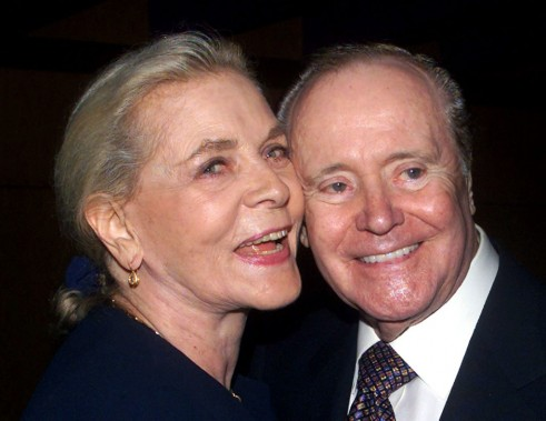 En compagnie du légendaire comédien Jack Lemmon, en 2000. (Reuters)
