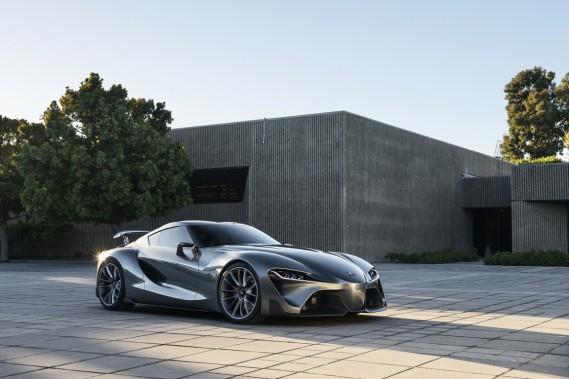 Toyota présente un deuxième prototype FT-1