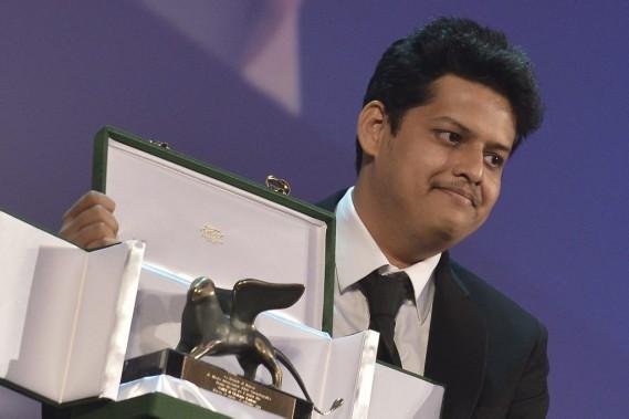 Le scénariste et réalisateur Chaitanya Tamhane a reçu samedi le prix Orizzonti pour son film <em>Court</em>. (PHOTO TIZIANA FABI, AFP)