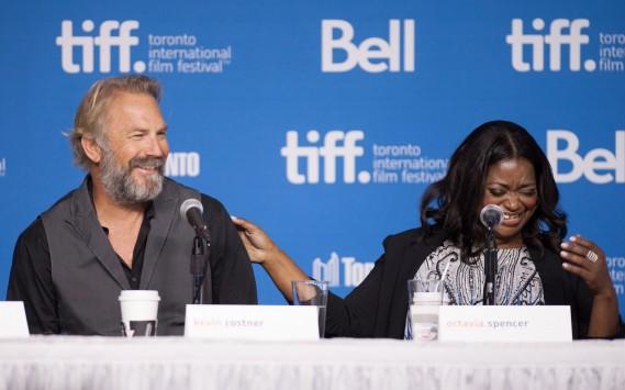 Jour 4 -Kevin Costner et Octavia Spencer lors de la conférence de presse pour le film Black and White. (Photo Hannah Yoon, PC)
