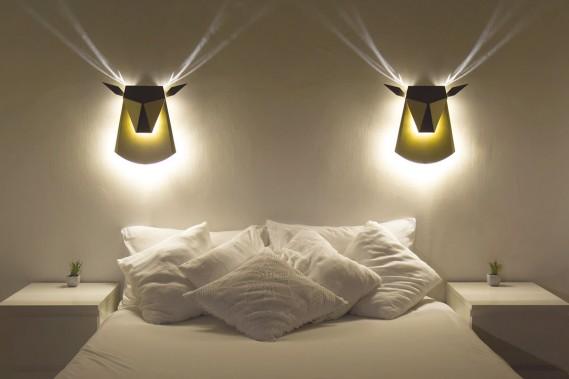 Luminaire Deer en aluminium et lumière à DEL, Popup Lighting, 389$ (livraison gratuite) sur popuplighting.com. (PHOTO FOURNIE PAR POPUP LIGHTING)