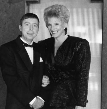 Gilles Latulippe qui participe au Gala de l'Excellence 1991 de La Presse à la Société Radio-Canada, en compagnie de Suzanne Lapointe. (PHOTO: ARCHIVES LA PRESSE)