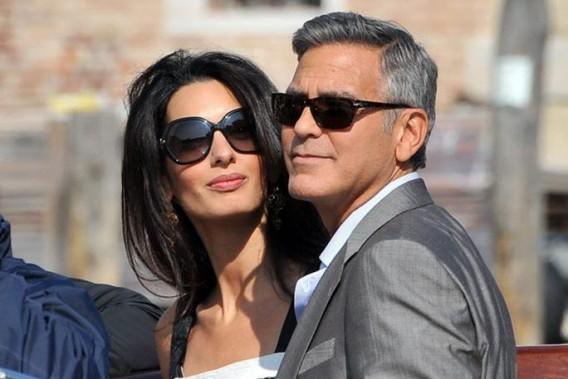 George Clooney et Amal Alamuddin, à leur arrivée à Venise. (Photo Luigi Costantini, AP)