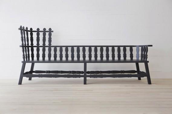 Ce long banc (Long Bench) a été imaginé par la réputée designer néerlandaise Ineke Hans, pour l'hôtel Fogo Island Inn. (Photo fournie par Fogo Island Inn)