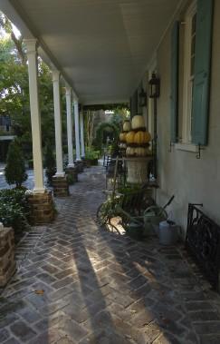 La véranda, qu'on appelle «piazza», fait partie intégrante de toute maison du Sud qui se respecte. (Photo Fabienne Couturier, La Presse)
