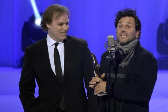 Martin Léon a accepté le prix décerné au disque <em>La symphonie rapaillée</em>. (Photo: Bernard Brault, La Presse)