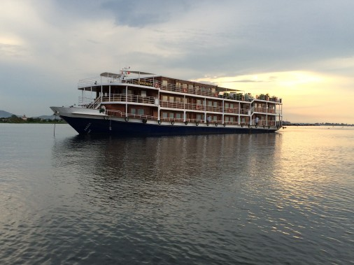 <em>L'Indochine</em> compte 24 spacieuses cabines. À bord, l'ambiance est décontractée, presque familiale. (Photo Andrée Lebel, La Presse)