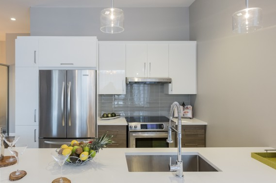 Dans la cuisine, les armoires seront en thermoplastique et les plans de travail, en quartz. (Photo Edouard Plante-Fréchette, La Presse)
