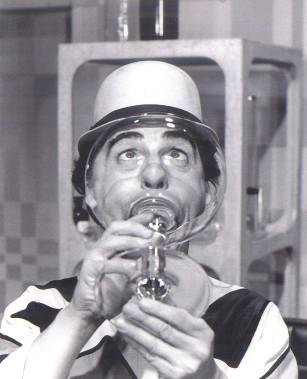 Paul Buissonneau interprétant son célèbre personnage de Picolo. (Archives Le Soleil)