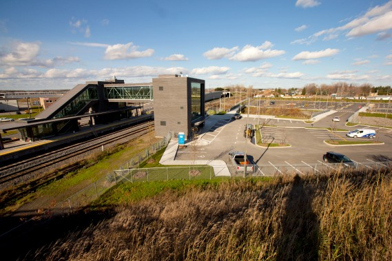 Repentigny est l'une des sept municipalités de la Communauté métropolitaine de Montréal qui bénificient d'une aide financière de 100 000$ pour réaliser un projet-pilote de type TOP (Transit Oriented Development), près de sa gare. (Photo Alain Roberge, La Presse)