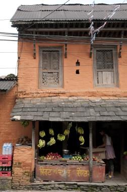 Le vieux Pokhara contraste singulièrement avec le quartier touristique de Lakeside. (PHOTO MARIE-SOLEIL DESAUTELS, LA PRESSE)