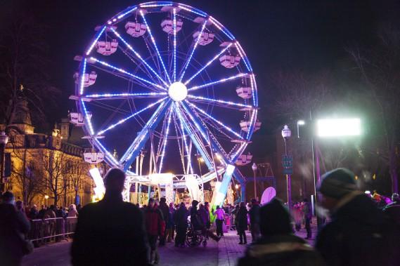 La grande roue brillait de mille feux. (Photo Le Soleil Caroline Grégoire)
