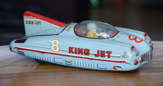 Fabriqué au Japon dans les années 40, ce bolide King Jet était équipé d'un mécanisme à friction. (Le Soleil, Jean-Marie Villeneuve)
