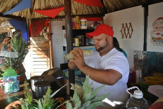 Pensez à vous rafraîchir en essayant la cocada. Cette boisson très populaire sur la côte caribéenne fait le délice des vacanciers. (PHOTO DAVID RIENDEAU, COLLABORATION SPÉCIALE)