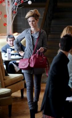 Le rose hortensia est une couleur vedette de la collection 2015 de Longchamp. (Le Soleil, Erick Labbé)