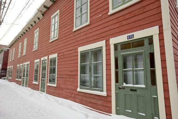 Petites maisons cherchent protection carole thibaudeau for Maison richard