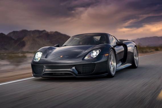 Cette Porsche 918 Spyder vaut plus de 2 millions $, avec les options installées. (Photo fournie par le couple White-Zalasin)