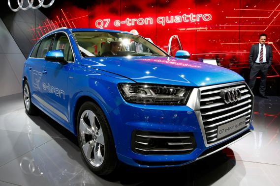 Audi présente son Q7 e-tron à Genève