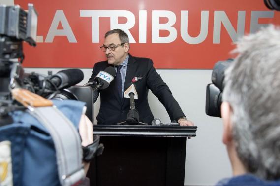 Martin Cauchon lors du point de presse. ()