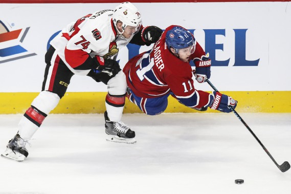 Mark Borowiecki met en échec Brendan Gallagher. (Patrick Woodbury, LeDroit)