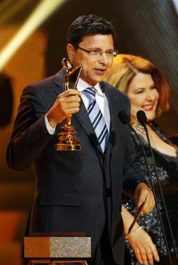 Denis Lévesque, gagnant du prix Artis pour l'animateur d'émissions d'affaires publiques (PHOTO OLIVIER JEAN, LA PRESSE)
