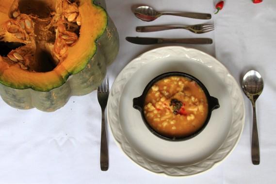 Le locro, un ragoût de courge, de maïs et de porc, tel que servi à El Bordo de Las Lanzas, un hébergement champêtre près de Salta (Photo Marc Tremblay)