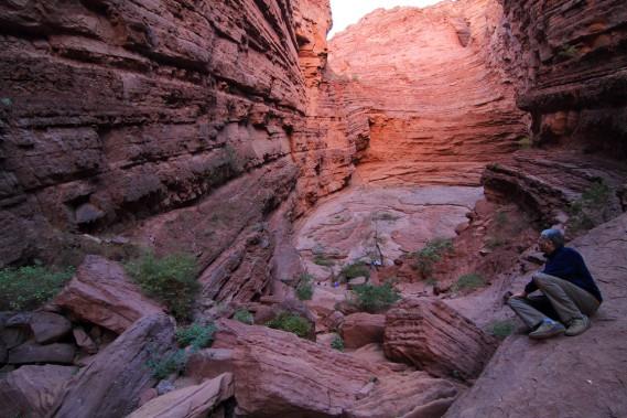 Dans la Quebrada de las Conchas, on peut remonter le canyon latéral et étroit de la Garganta del Diablo (gorge du diable). (Photo Marc Tremblay)