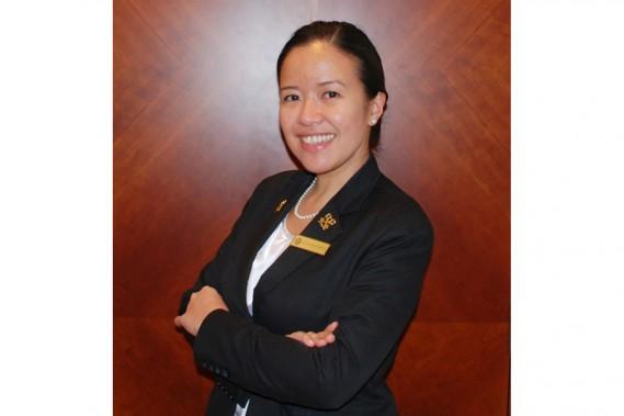 Ela Lanzanas, concierge au Fairmont Dubaï. (PHOTO FOURNIE PAR FAIRMONT)