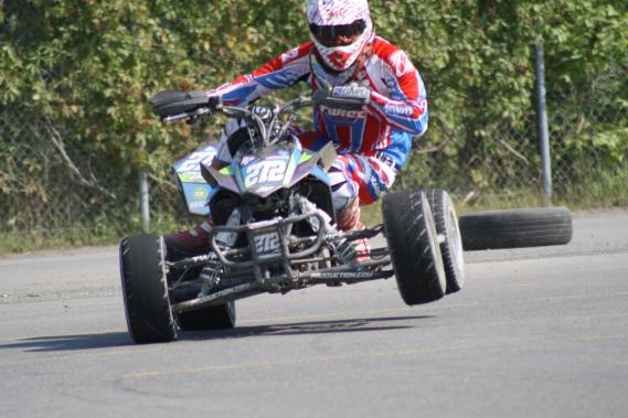 Mikael Lanthier (notre photo) a terminé deuxième au championnat canadien en 2014, à un point du champion Steve Boily. (Photo fournie par Supermoto Québec)