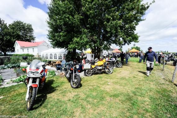 L'organisateur de la Brocante moto, Thierry Muraton, voit 2015 comme une année charnière: «Nous avons mis beaucoup d'efforts de publicité cette année et nous planifions nous installer dès l'an prochain dans le village de Henryville. Nous souhaitons aussi attirer des Américains de la Nouvelle-Angleterre et éventuellement élargir l'événement à tous les types de motos.» (Photo fournie par la Brocante moto)