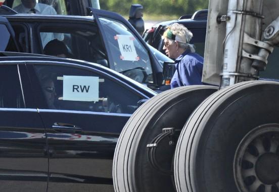 Keith Richards à son arrivée à l'aéroport de Québec, le 15 juillet (Le Soleil, Patrice Laroche)