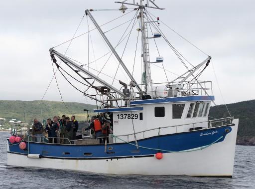 Thomas Mulcair à la pêche aux électeurs, à Terre-Neuve, le 20 septembre. (La Presse Canadienne)