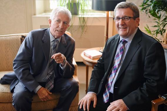 Le chef du Bloc québécois Gilles Duceppe a rendu visite au maire Régis Labeaume. (Le Soleil, Erick Labbé)