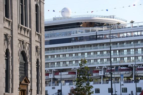 Quatre-cent employés sont mobilisés cette fin de semaine afin d'accueillir adéquatement navires et visiteurs. (Le Soleil, Jean-Marie Villeneuve)