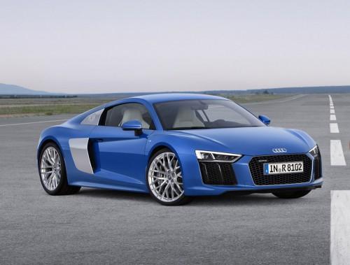 <strong>Audi R8 - À partir de 182 000 $</strong> Audi peut encore plus se mesurer aux voitures sport de grand luxe. Un seul moteur V10 est maintenant offert, proposant deux régimes de puissance : 533 ou 602 chevaux. (Photo fournie par Audi)