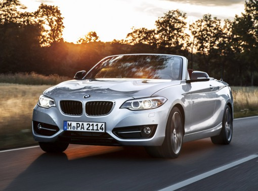 <strong>BMW Série 2 cabriolet — À partir de 52 200 $</strong> Cette année, BMW ajoute les cabriolets à sa Série 2 avec, au choix, un quatre-cylindres de 241 chevaux ou un six-cylindres de 322 chevaux. (Photo fournie par BMW)