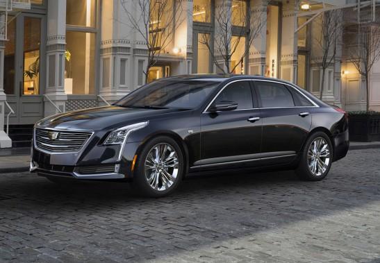 <strong>Cadillac CT6 - À partir de 85 000 $ (estimation)</strong> Cadillac veut concurrencer les grosses berlines allemandes avec cette nouvelle berline de prestige, proposant entre autres une version avec un V6 biturbo de 400 chevaux. - (Photo fournie par GM)