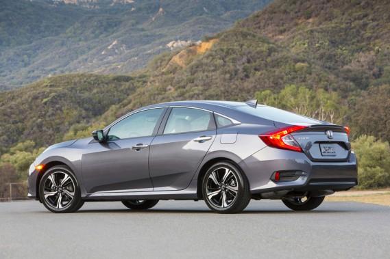 <strong>Honda Civic — À partir de 15 750 $</strong> Très peu d'informations circulent au sujet de la 10e génération de la Honda Civic, ne serait-ce que trois versions seront offertes : régulière, Si et Type-R. (Photo fournie par Honda)
