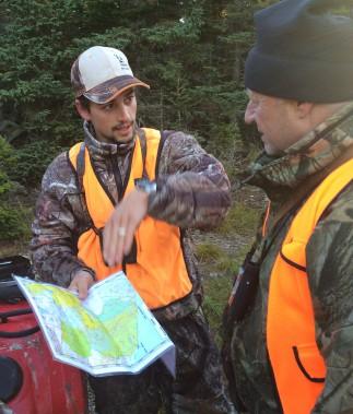Tristan Bédard propose des sentiers de chasse ou des postes de guet à ses clients. ()