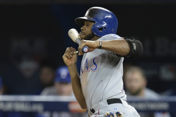 Delino DeShields Jr rate une tentative d'amorti en cinquième manche. (PC, Chris Young)