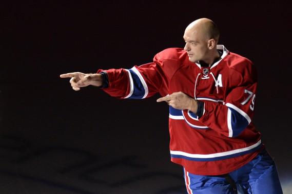 Markov pointe Subban pendant la présentation des joueurs. (Photo Bernard Brault, La Presse)
