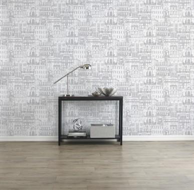 Papier peint anglais Façade de couleur argent, vinyle préencollé enduit sur endos en papier; 34,99 $ le rouleau double chez Bouclair Maison (Photo fournie par Bouclair Maison)