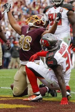 Jordan Reed célèbre après avoir marqué le touché couronnant la remontée des Redskins qui ont battu les Bucs 31-30. (AP, Patrick Semansky)