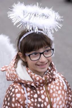 Lia Graffagnino s'est déguisée en ange. (Martin Roy, LeDroit)