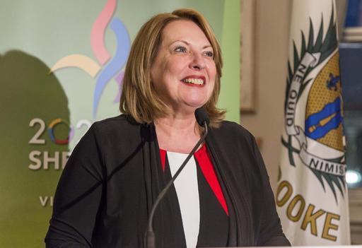 La ministre Christine St-Pierre ()