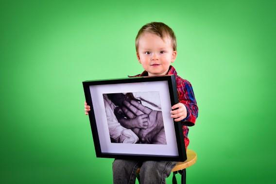 Jérémie est né à 33 semaines. Il est maintenant âgé de 2 ans. ()