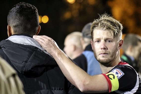Le capitaine Richie Ryan avait de la misère à contenir ses larmes après le match. (Patrick Woodbury, LeDroit)