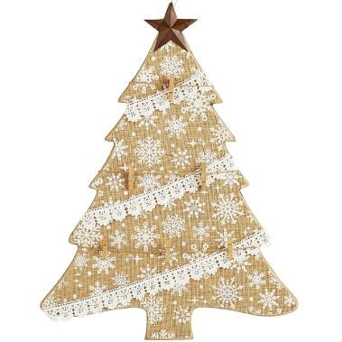 Sapin décoratif pour l'arbre de Noël, chez Pier 1 Imports (Fournie par Pier 1 Imports)